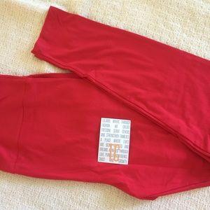NWT LuLaRoe Solid Red TC Leggings